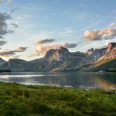 mountain-and-lake-at-sunset-135157