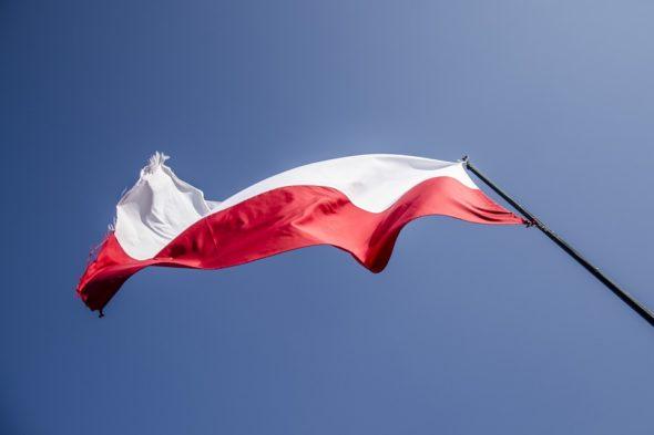 flag-2833903_960_720-590x2000